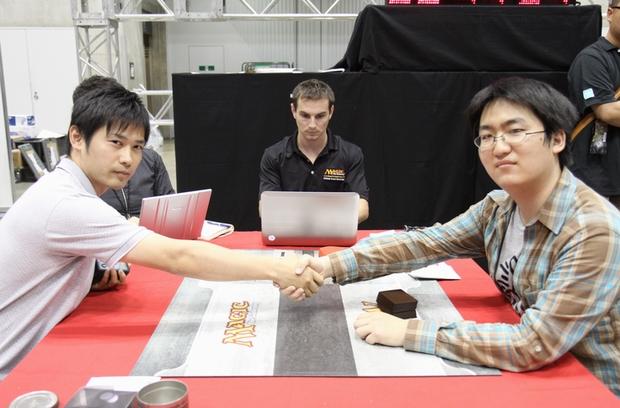 R8_yamaguchi_VS_yamamoto.jpg
